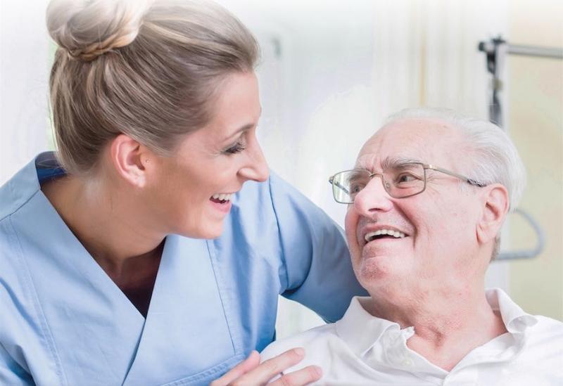 Mer effektivt att slå ihop arbetet med arbetsmiljö och patientsäkerhet