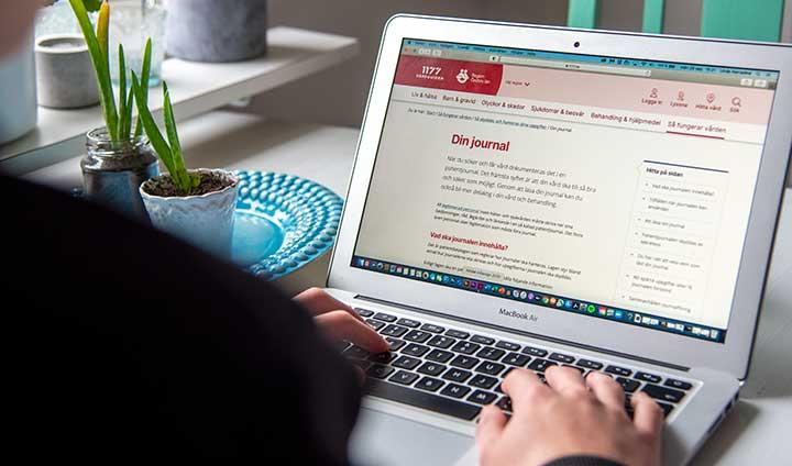 Cancerpatienter uppskattar journal på nätet