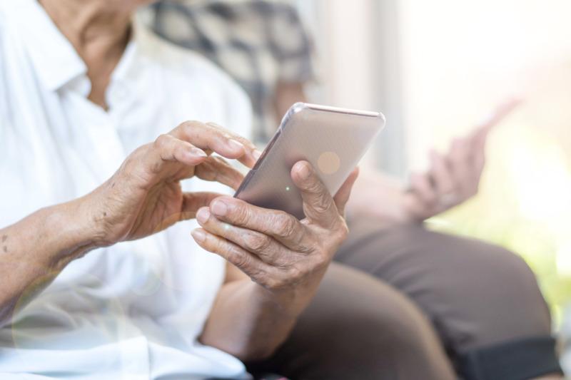 App ger stöd till äldre som mår psykiskt dåligt